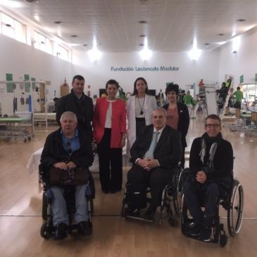 El Hospital Nacional de Parapléjicos de Toledo visita las instalaciones de la FLM y ASPAYM Madrid