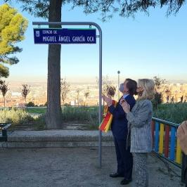 Inaugurado el espacio dedicado a Miguel Ángel García Oca en el Cerro del Tío Pío